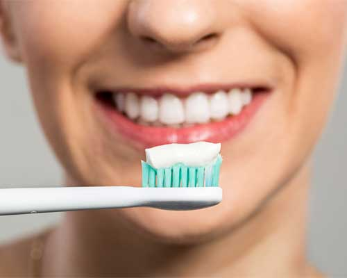 Best Teeth Whitening Toothpaste In 2020 The Health Beauty Blog
